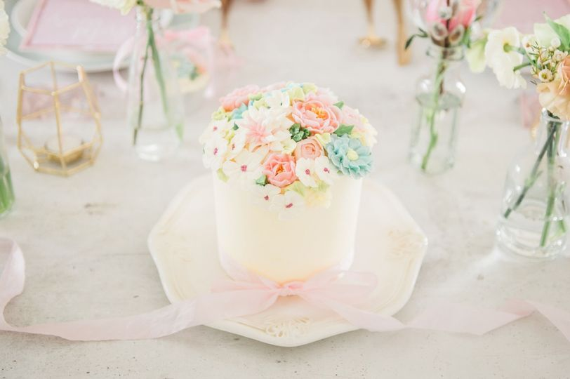 Iced Delight Cakes