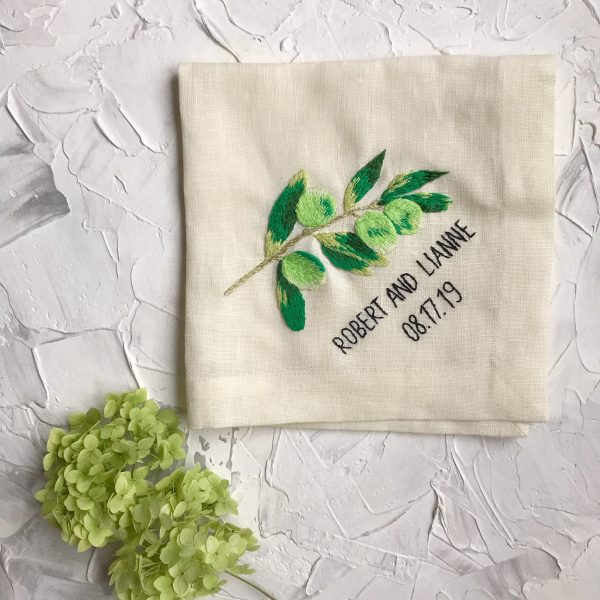 Personalized Linen Napkins, High Quality Hand Embroidery, Perfect Table Setting, Wedding Gift, Bridesmaid Gifts, Setting