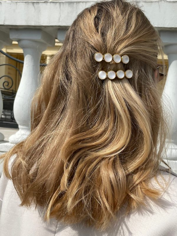 White Acrylic Pearl Hair Barrette, Aesthetic Gold White Accessories, Wedding Jewelry, Bridal Hairclip