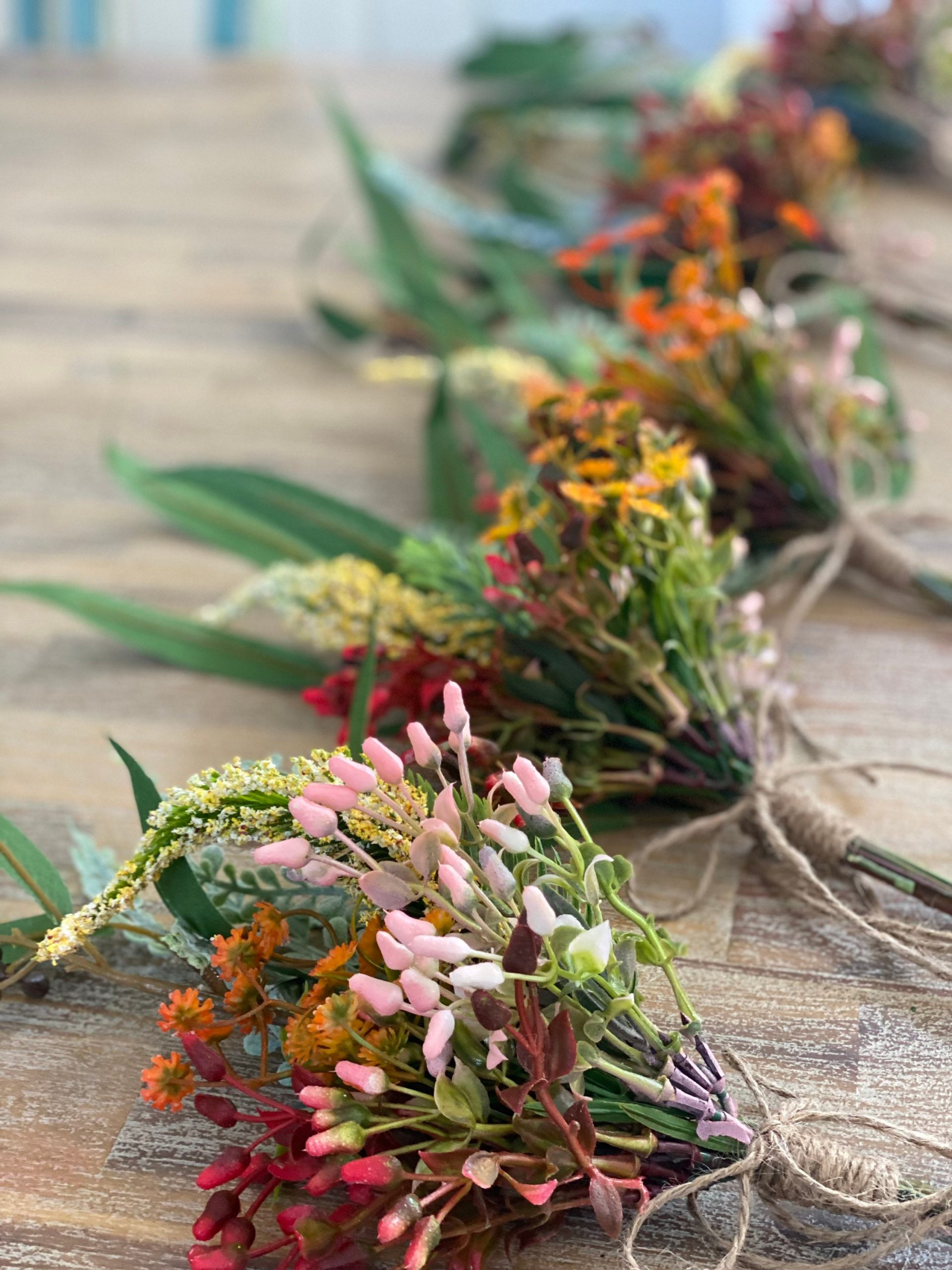 Rustic Native Pew/Chair Aisle Florals X10